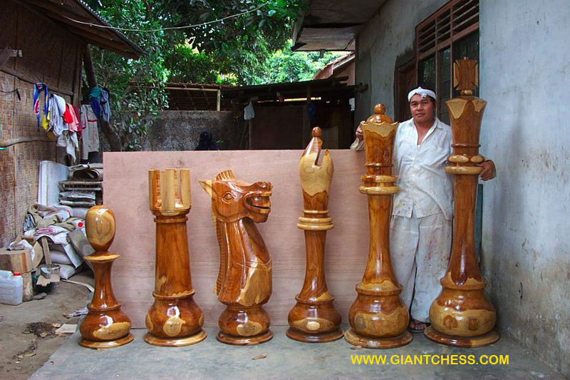 Most Elegant Wooden Chess Set